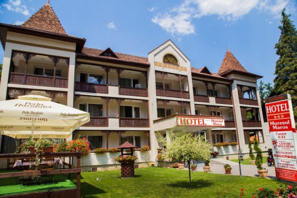 maros hotel 1